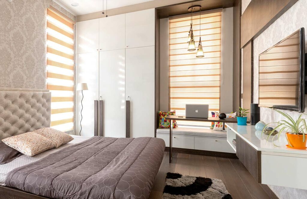 5 Smart Ways To Spice Up Your Bedroom