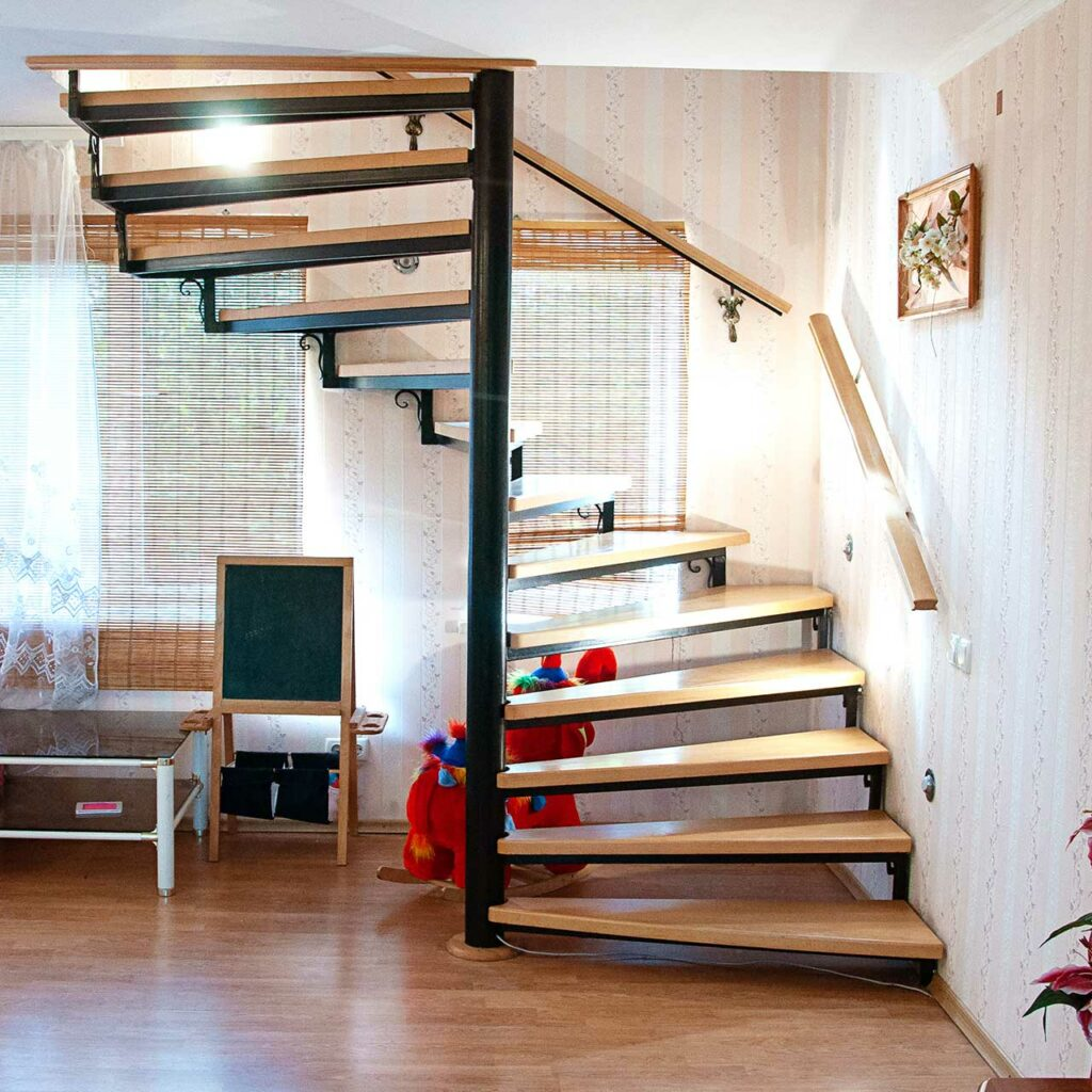 Wooden staircase design gives your home elegance looks and wooden staircase bring in rustic beauty to indian homes