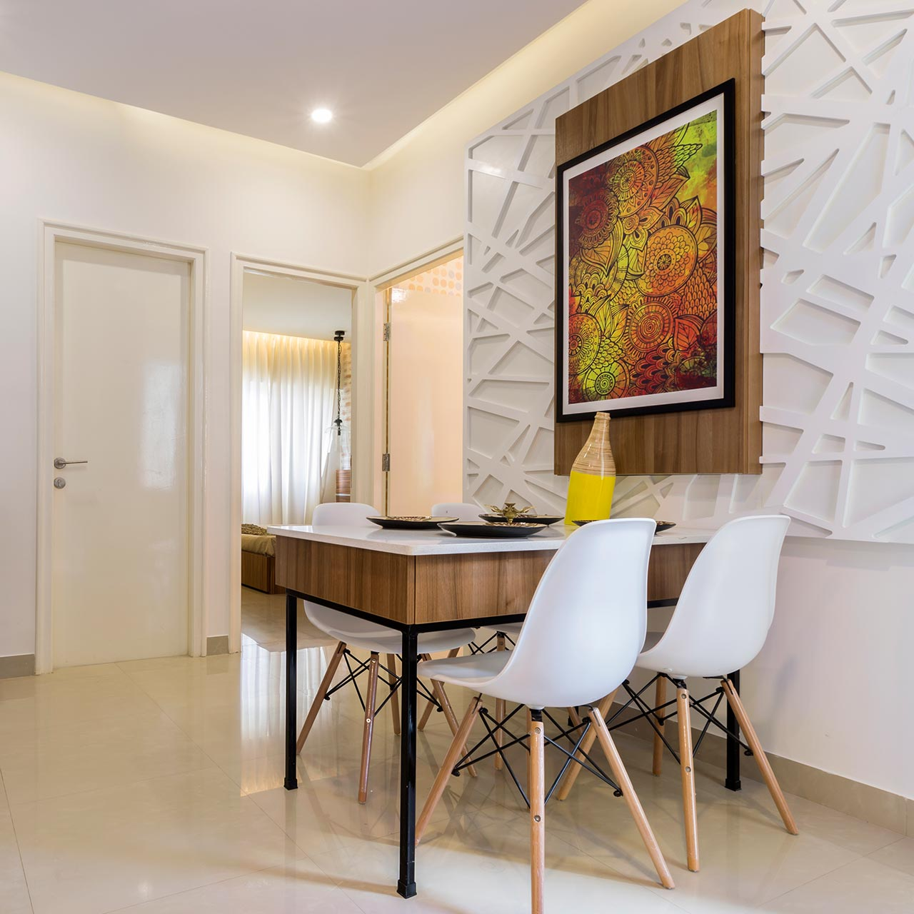 Difference between interior designer and decorator focuses on colour and furnishings and artistic decor