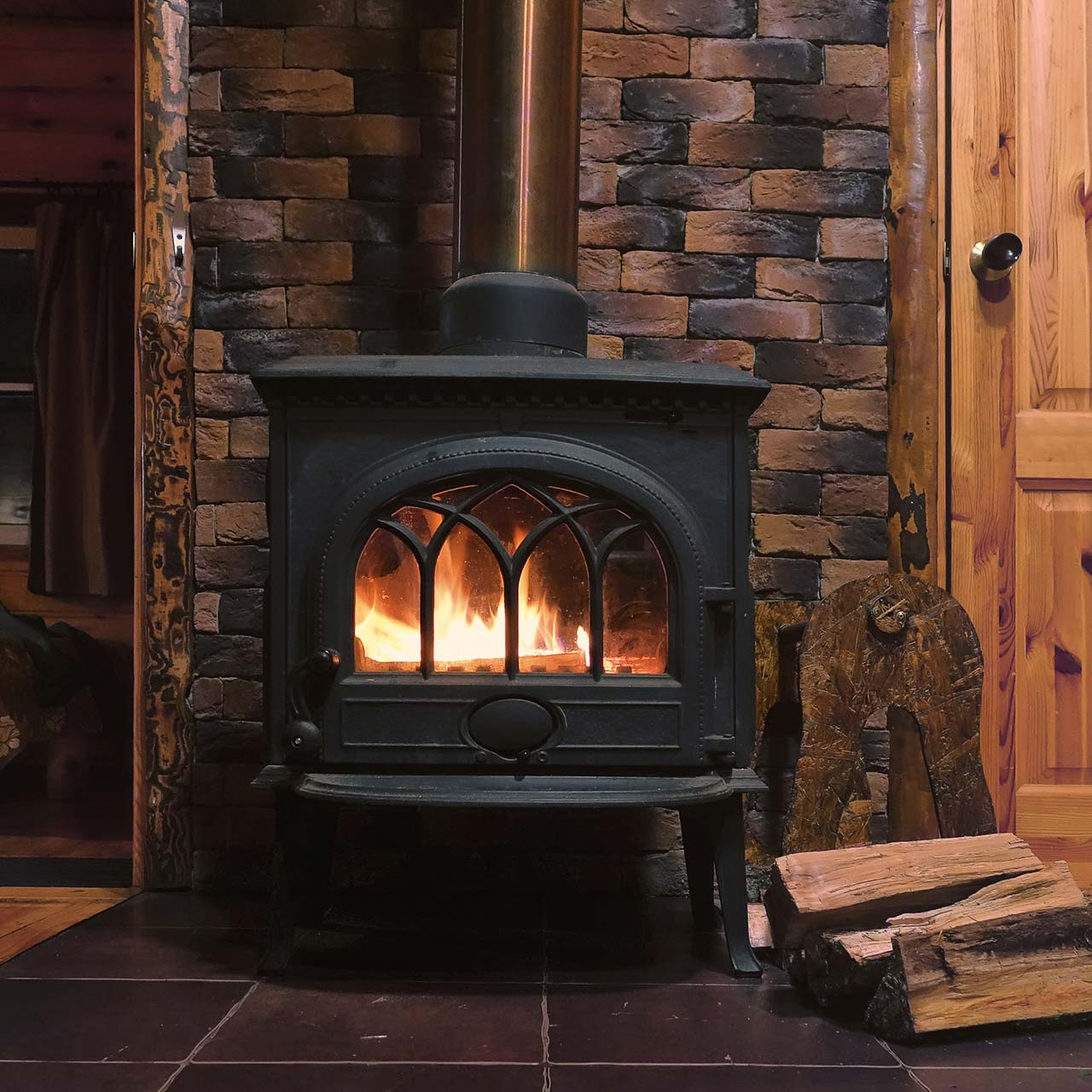 fire place for rustic bedroom