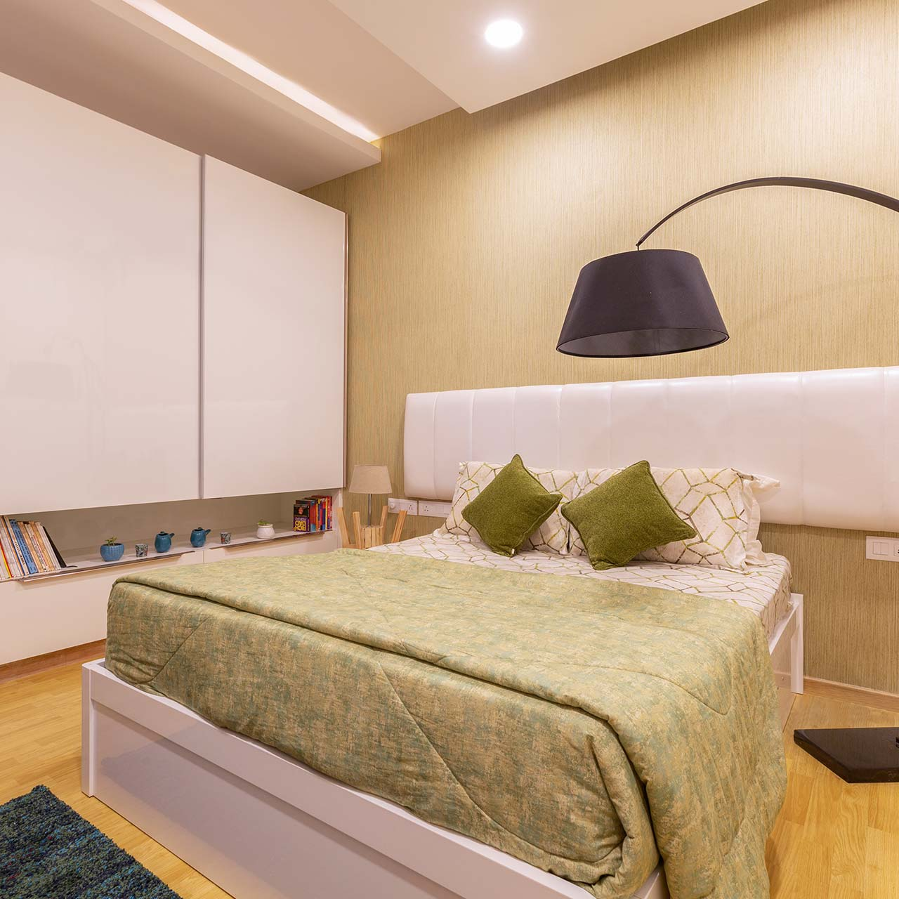 Pick The Right Bed And Mattress For Master Bedroom