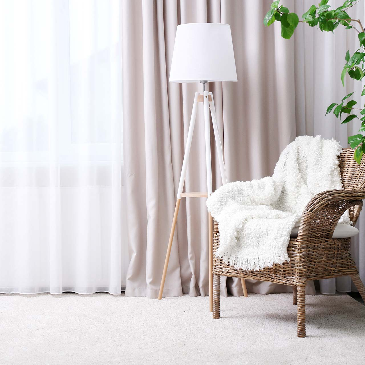 Choose beautiful patterned drapes and curtains while deciding your living room interiors