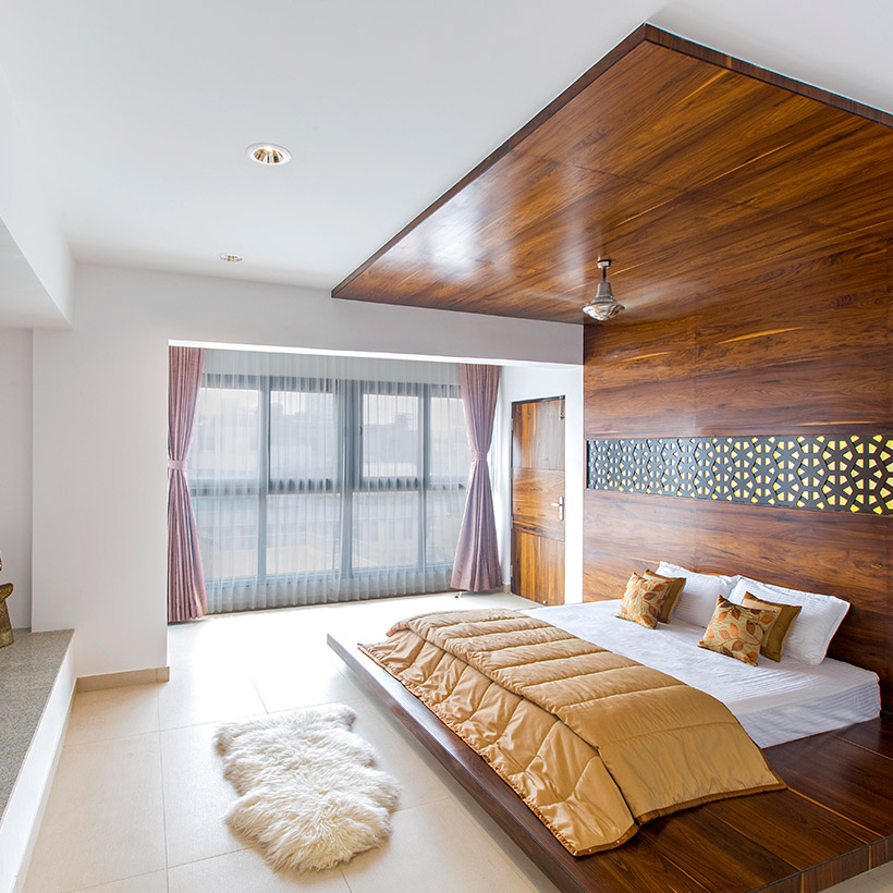 Master bedroom colour ideas with a bed covered from upside wall which includes master bedroom wall design