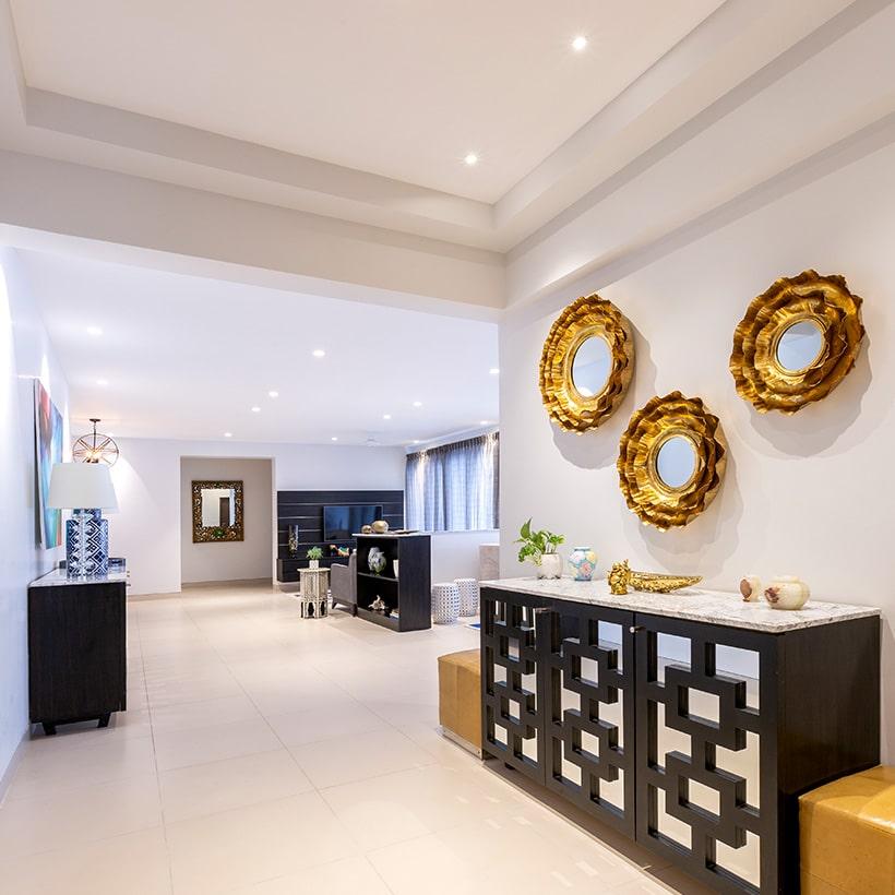10 Foyer Design Ideas For Beautiful, Furniture For Foyer Entrance