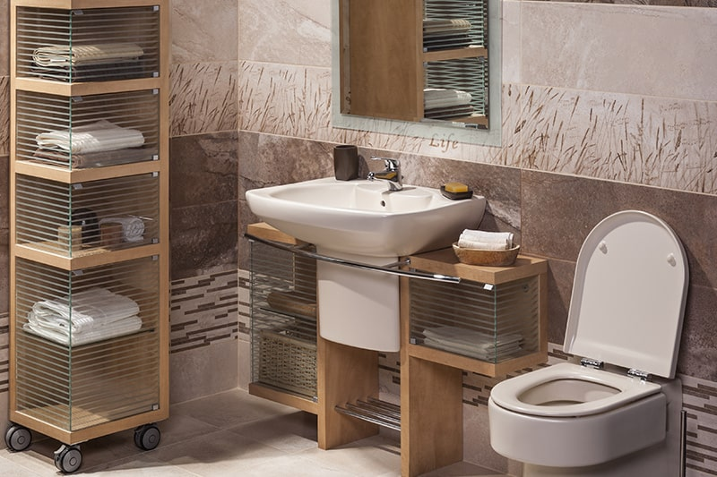 Unfitted bathroom cabinets, these kind of bathroom cabinets designed on wheels