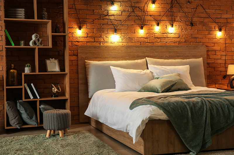 Bedroom interior decoration with a combination of desk lamps and hanging mood for bedroom interior decoration ideas