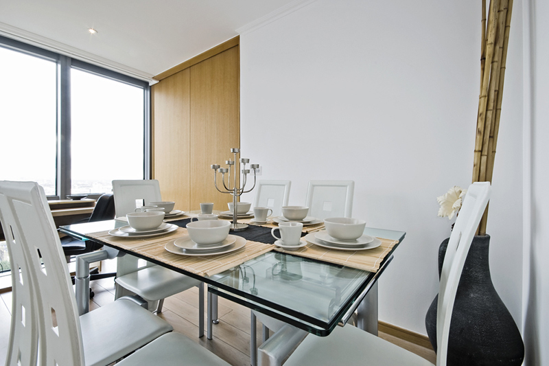 Glass top dining table designs by which you will be surprised what it works upto for glass dining table 4 seater
