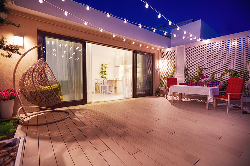Apartment balcony decorating ideas pictures where having guests over for fun Friday nights is bound to get interesting for open balcony decoration