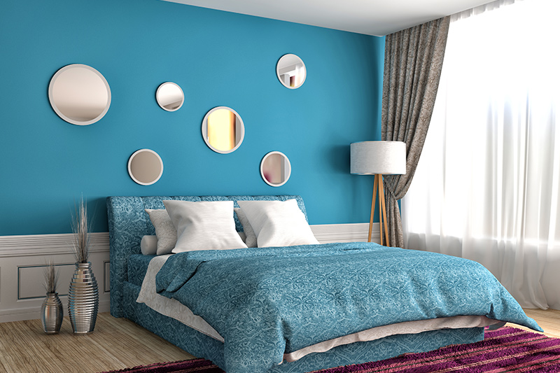 Peppy blue bedroom decorating ideas try to deck up those walls with suitable mirror work, and you will need nothing more to unwind in your chamber.