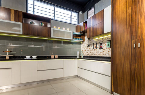 Kitchen tall unit cabinet design for your home