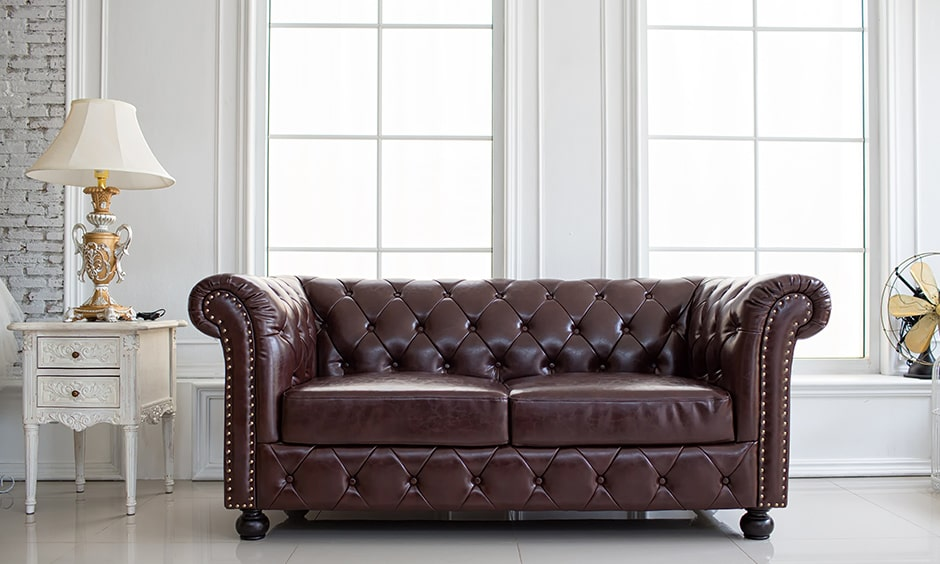 Chesterfield sofa styles makes a powerful statement in any living room
