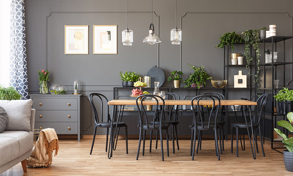 Multi-functional side table design in the dining room that makes optimum use of available space with clutter-free.