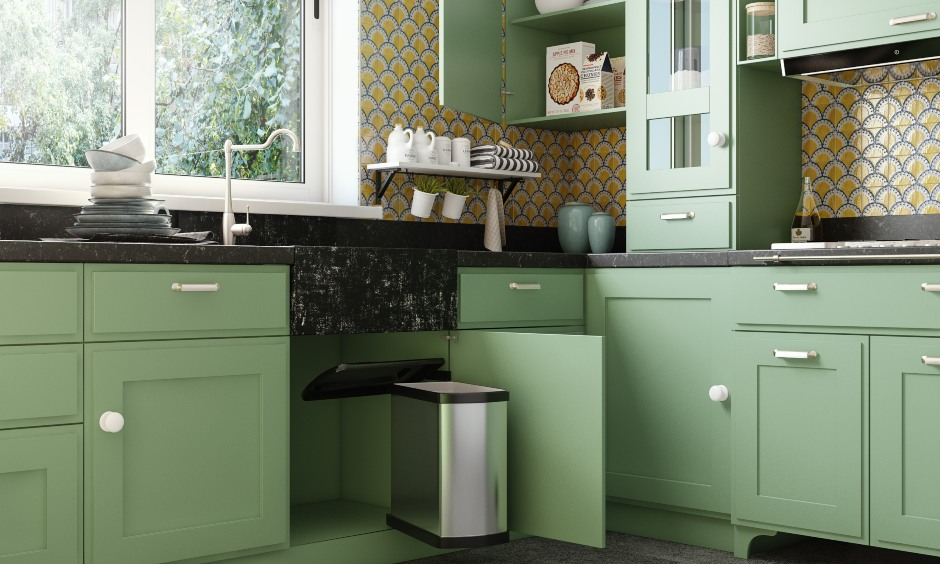 U shaped classic style kitchen interior design with in-built dustbin under sink for best kitchen interiors