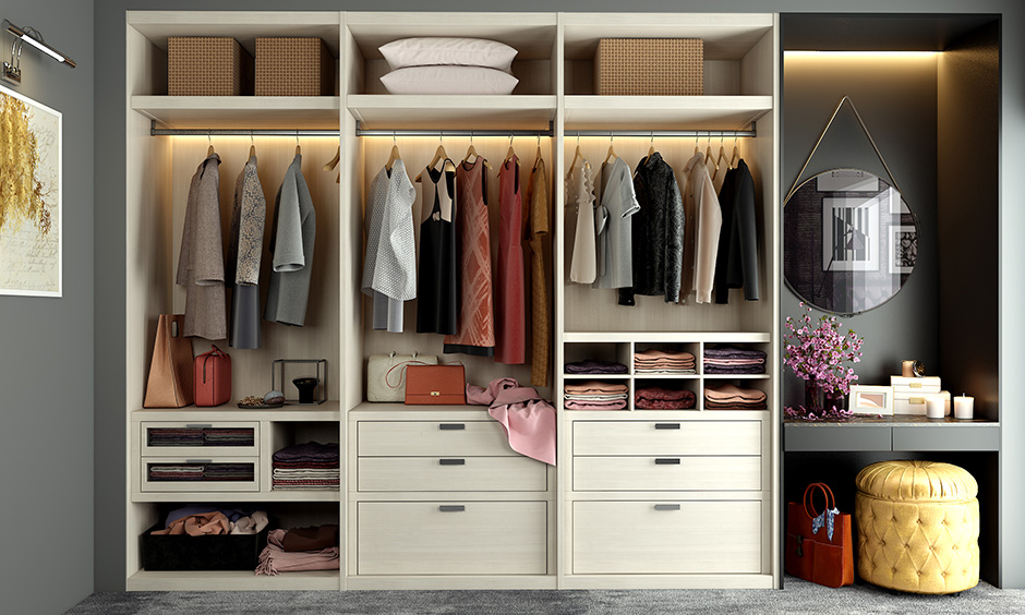 Walk-in wardrobe for small rooms with a shutterless design is ideal for people who are always in a hurry to get ready.
