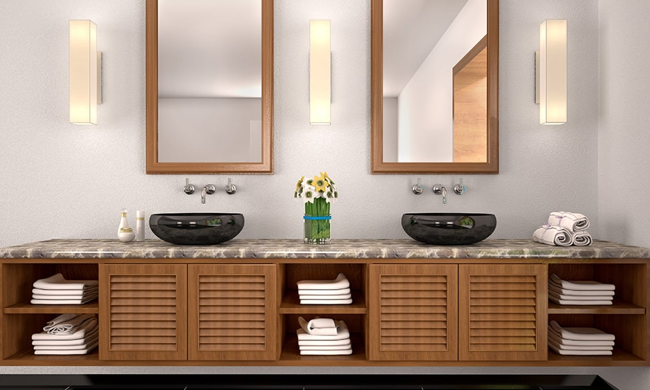 Bathroom mirror design with a minimalistic mirror for streamlined bathrooms