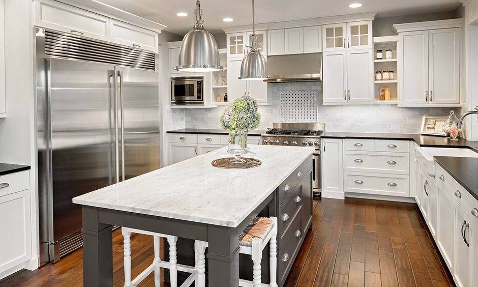 How to decorate a small kitchen island with interior kitchen decoration with with the white marble countertop