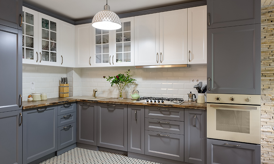 Shaker kitchen cabinet doors with simple and fuss-free design with combination of grey and white