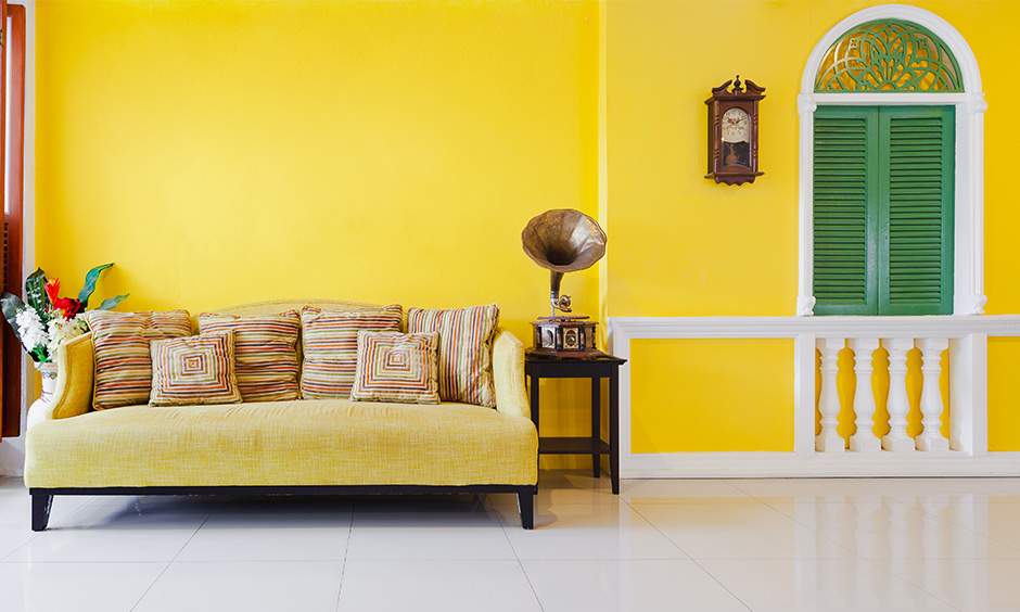 Yellow themed living room from accessories, decor to furnishings makes beautiful yellow walls living room