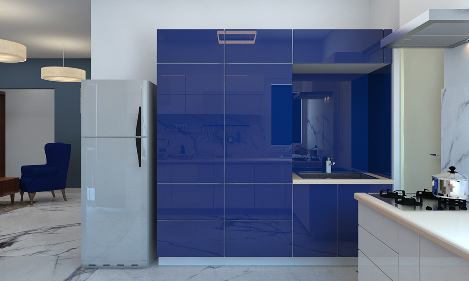 Midnight blue kitchen cabinets are known to lend a smooth and calming touch to any space.