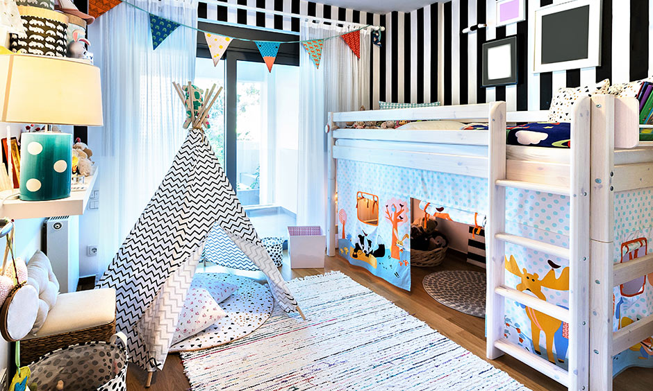 Bunk bed designs for small rooms and play house combo where decor looks fun and lively