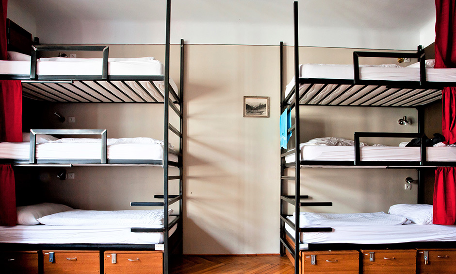 Three level bunk bed designs with price where you can accommodate six people in bedroom
