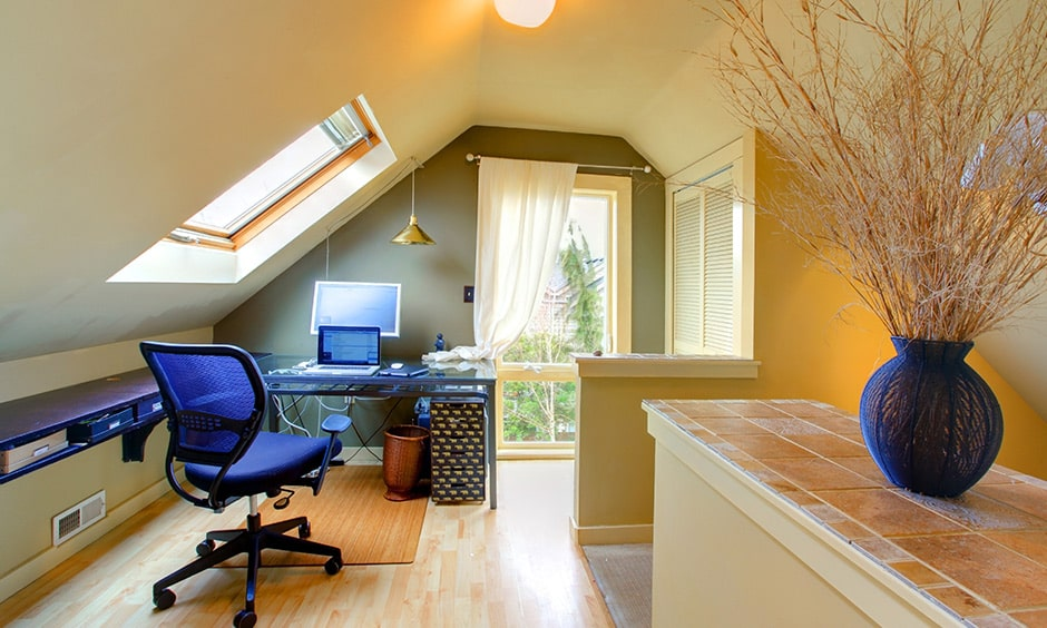 Create an isolated and functional home office is an attic home design ideas