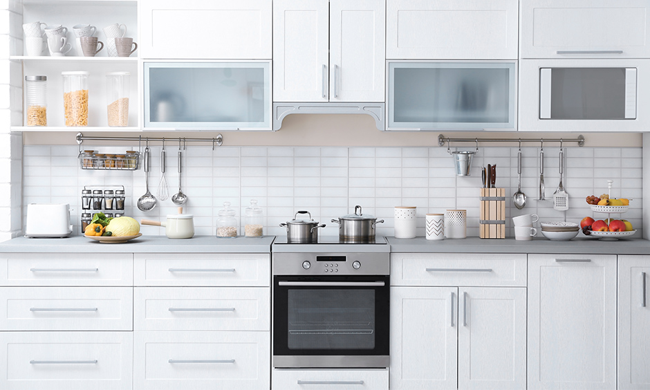 Maximise storage space in your modular kitchen with kitchen cabinets