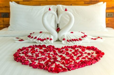Romantic bedroom decor ideas for your home