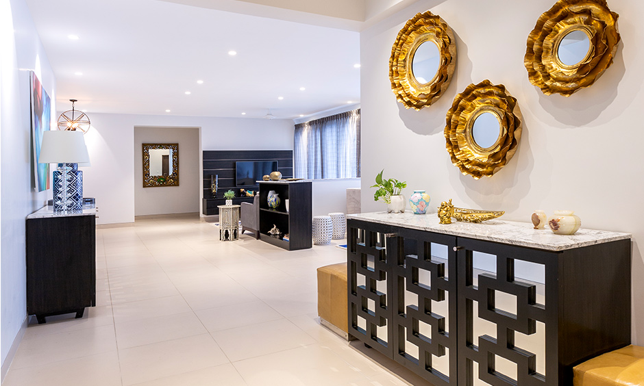 Foyer area with independent house design which is the first thing your guests see