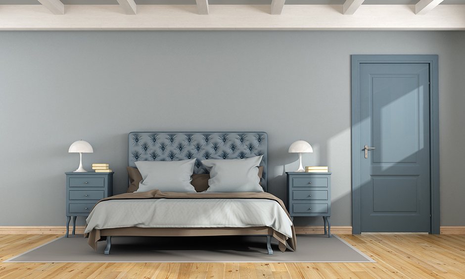 A light airforce blue painted bedroom is perfect & look much more spacious is darkroom paint ideas.
