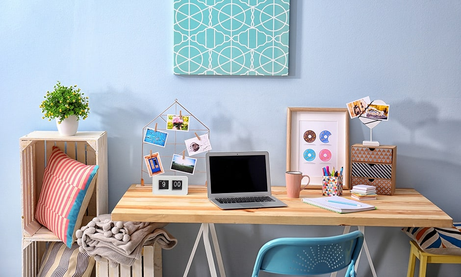 How to decorate a personalised study table