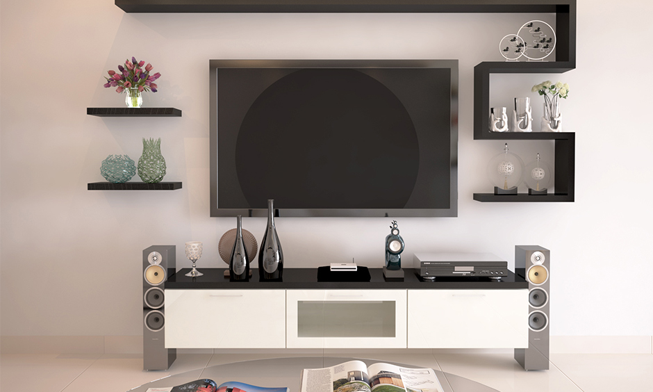 Accessorize with cheap interior design services with glass vases, mirrors and pieces of artwork