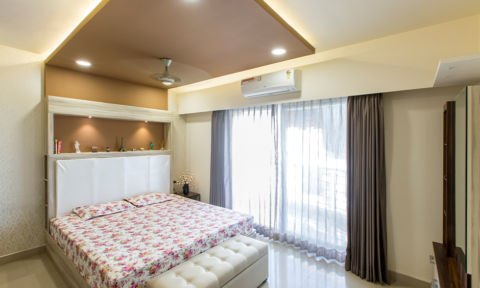 Earthy colours and textures creating just the right mood to unwind and feel more inspired are bedroom ceiling paint ideas.
