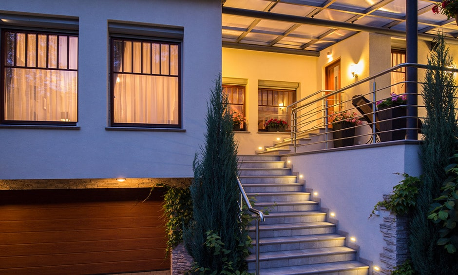 External staircase vastu as per expert advice in your home