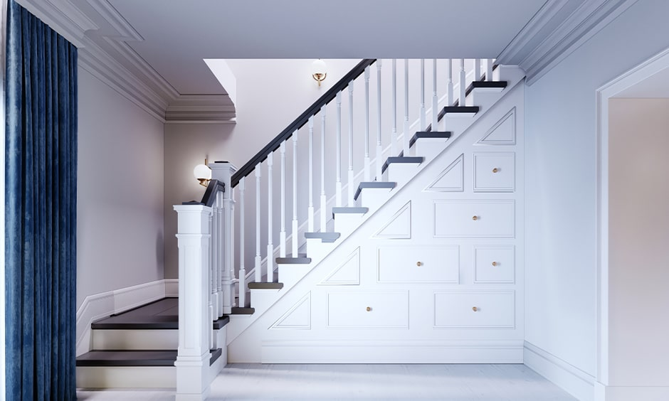 Staircase as per vastu, utilize space under the staircase