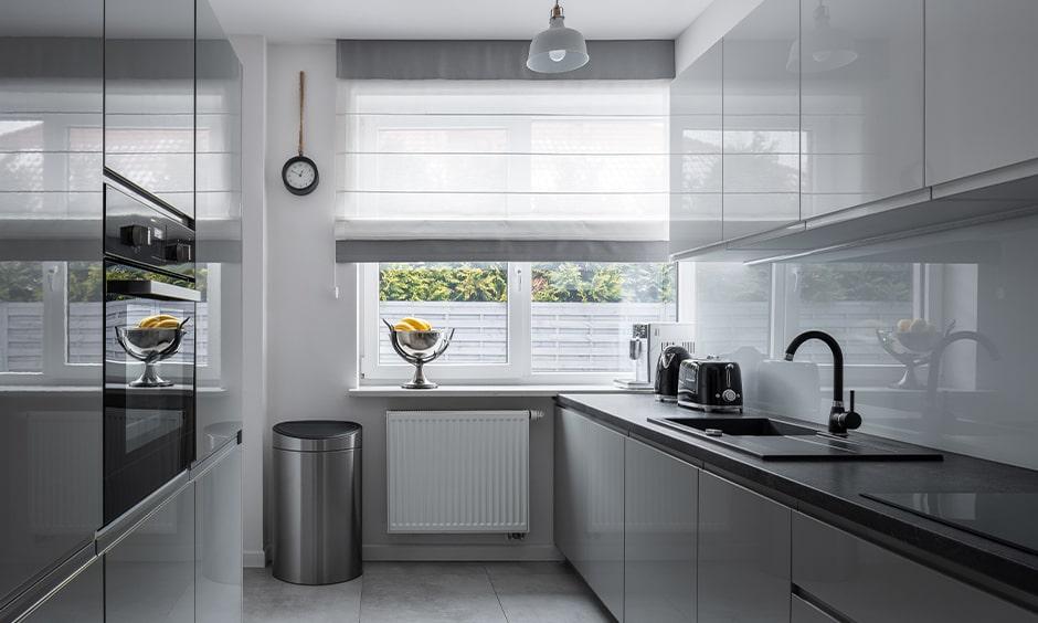 Glass kitchen backsplash benefits and advantages