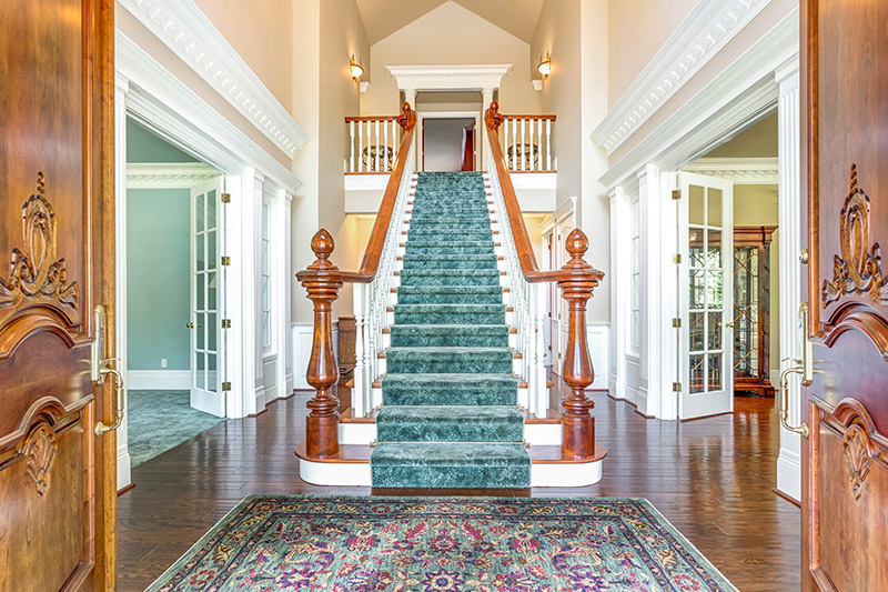 Rugs and carpets work out well with the staircase are the decorating ideas for stairs and hallways.