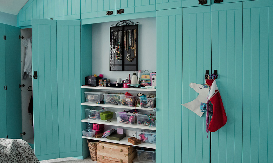 Wardrobe in light teal color paint inspired by the colour of the ocean looks everlasting breezy vibe.