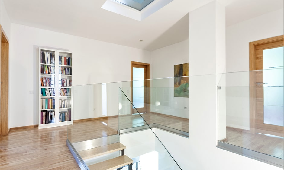 Frameless glass staircase design for your home