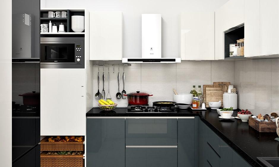 Stunning black kitchen designs
