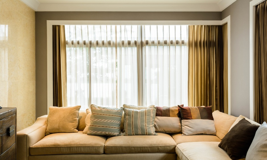 Beautiful modern curtains for living room