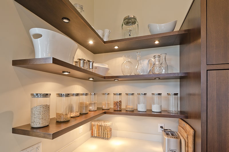 Beautiful hanging kitchen shelves design for your home