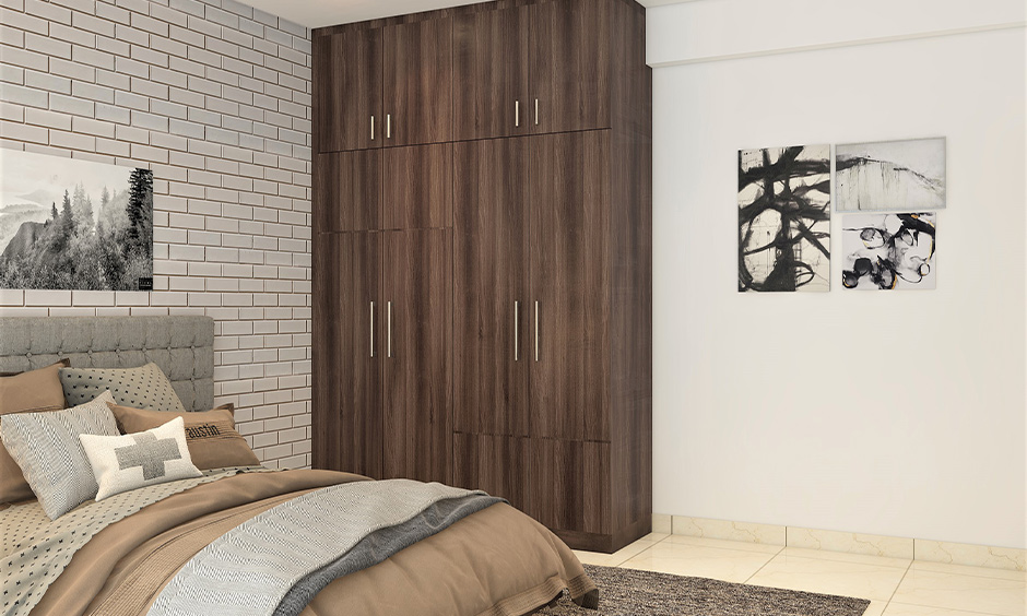 Vastu for wardrobe in bedroom where air is free-flowing and there are positive energies