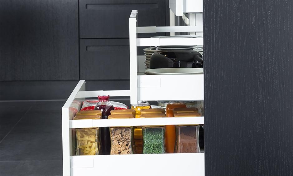 Kitchen cabinet drawer organizaion ideas with spice drawer to store kitchen spices