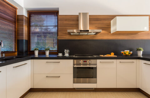 Different types of kitchen chimney for your home