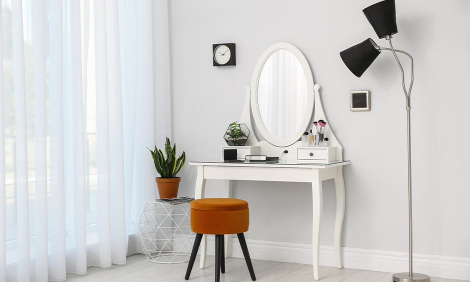 Dressing table light, Corner white dressing table with a tall light lamp look elegant.