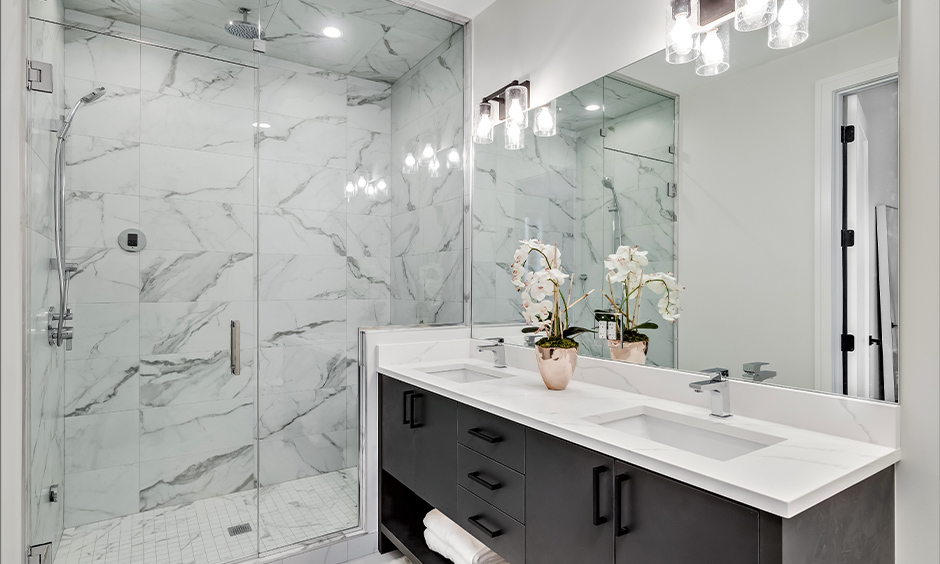 Bathroom wall light fittings, White bathroom wall light sconce placed above the mirror blends with the area.