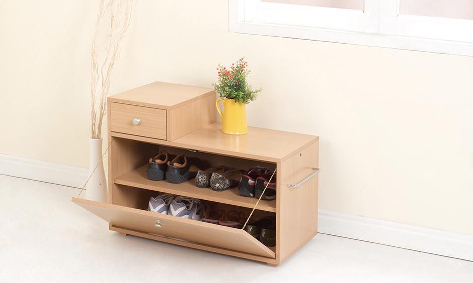 Contemporary wooden shoe rack design