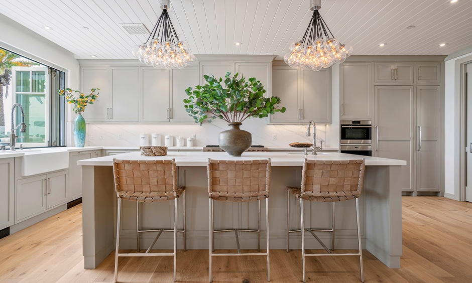 Kitchen island lighting with innumerable petite bulbs
