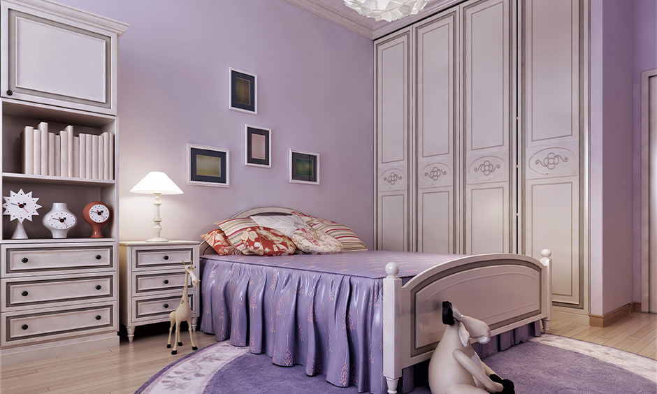Wardrobe decoration idea, Lavender-coloured wardrobe door decorated in textures and patterns looks royal in the bedroom.